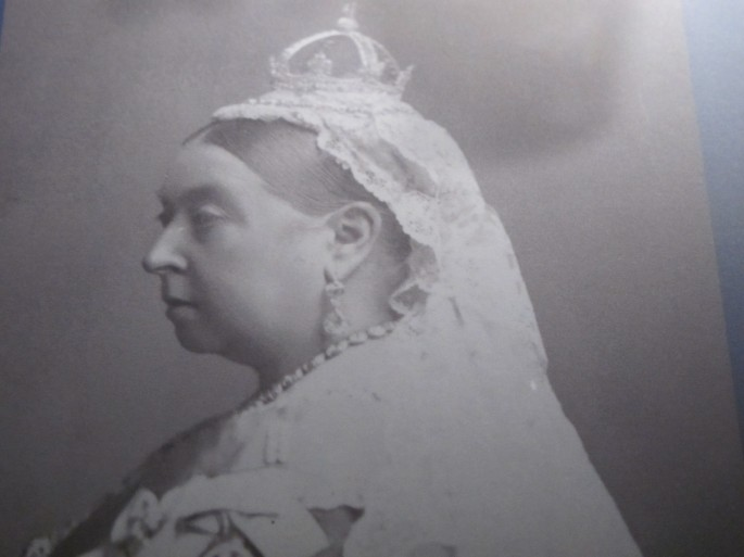 Queen Victoria wearing her iconic 10cm diamond crown