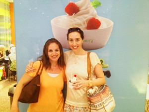 Grabbing a yummy frozen yoghurt at the CityStars branch of Pinkberry