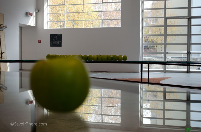 Fibonacci Sequence with apples by Marisa Merz