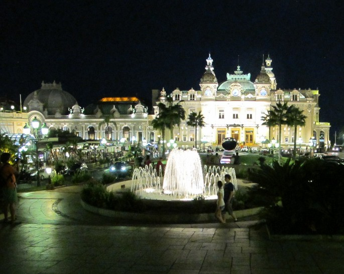 Monte Carlo by night