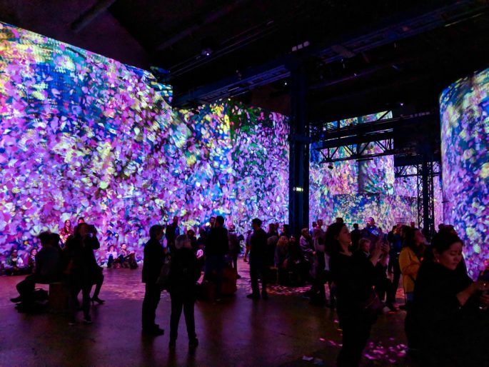 Atelier des Lumieres painterly