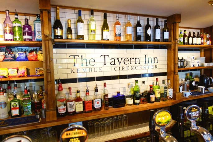 Tavern Inn Bar