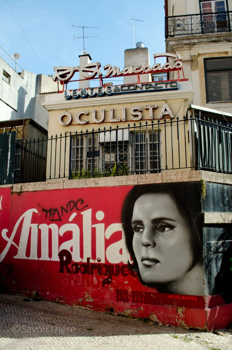 Tribute to Fado singer Amalia